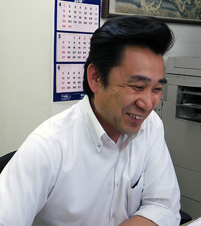 先輩社員紹介|住宅設備・管工機材・サイン・グラフィックスと不動産の ...